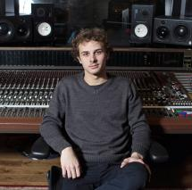 Mark Ronson's studio engineer Ricky Damien returns to SAE Institute
